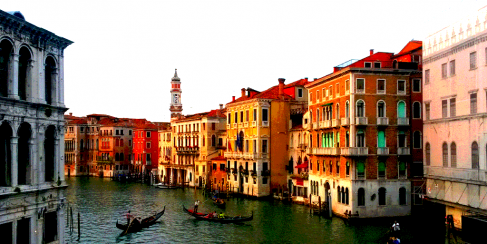 Luxurious Lido, the Budget-Friendly Beach of Venice